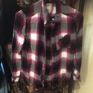 Women's size small flannel shirt euc